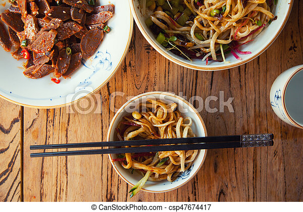 Stir-fried chinese noodles - csp47674417