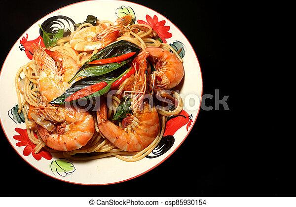 Stir fried spaghetti 4 - csp85930154
