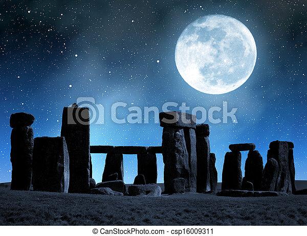 stonehenge - csp16009311