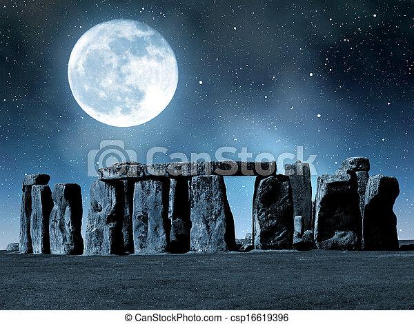 stonehenge - csp16619396