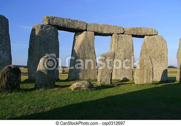 Stonehenge - csp0312697