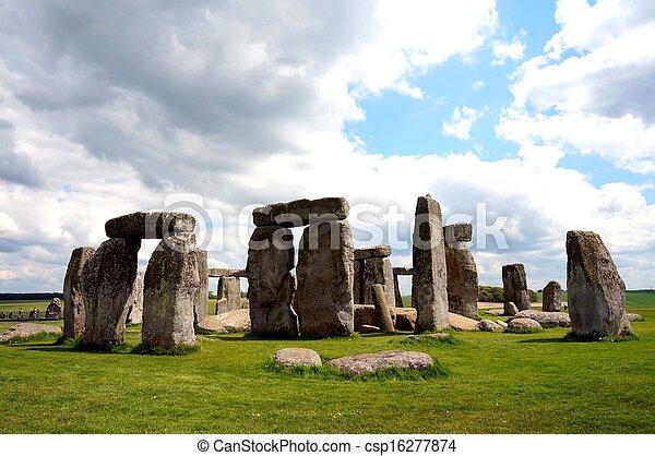 Stonehenge - csp16277874