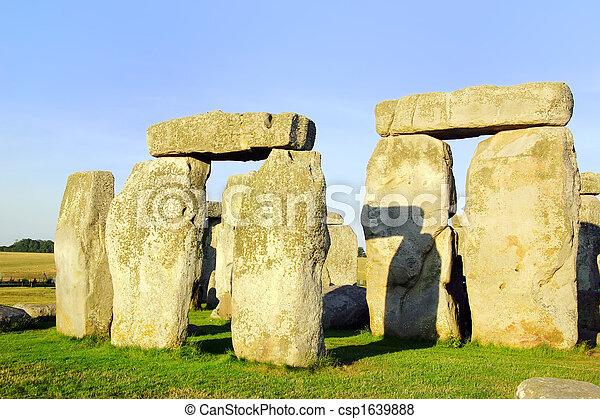 Stonehenge - csp1639888