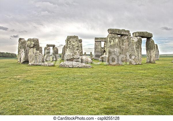 Stonehenge - csp9255128