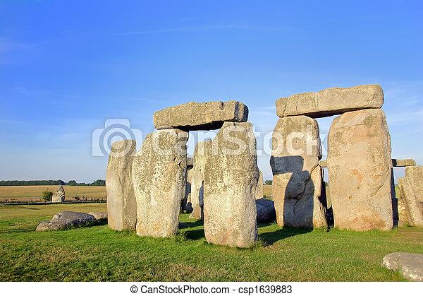 Stonehenge - csp1639883