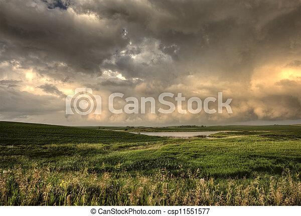Storm Clouds Saskatchewan - csp11551577