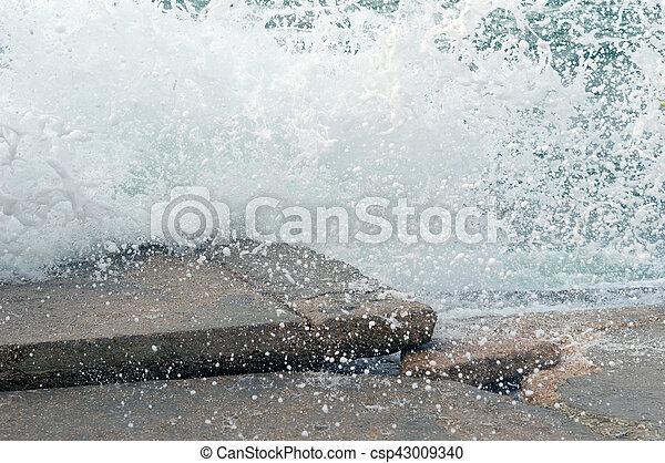 storm on sea - csp43009340