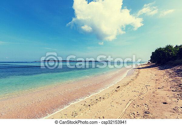 strand, gili - csp32153941