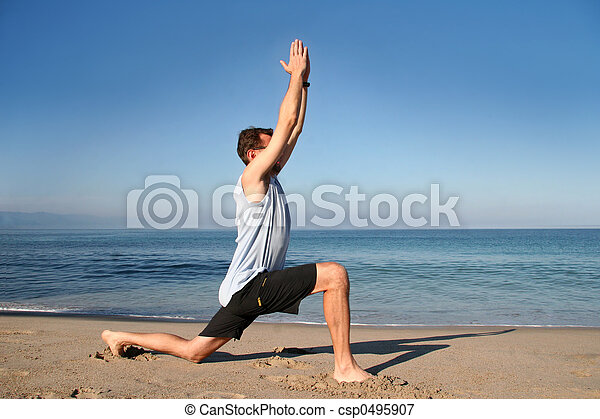 strand, yoga - csp0495907