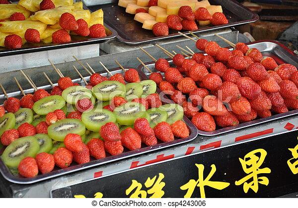 Strawberry and Kiwi sticks - csp4243006