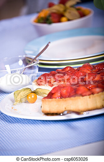 strawberry cake - csp6053026