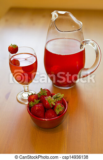 strawberry compote - csp14936138