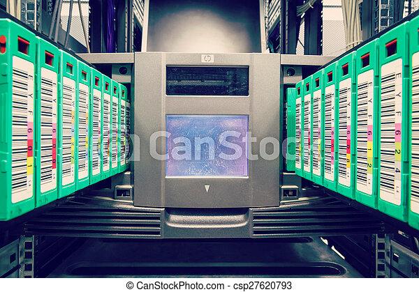 streamer, tape library for data backup - csp27620793