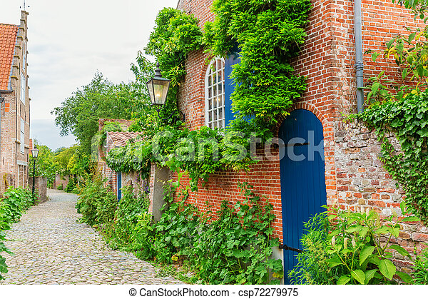 street view in the historic small town of Veere, Netherlands - csp72279975