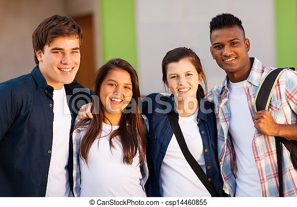 Eine Gruppe von Schülern - csp14460855