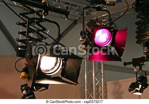 studio, projecteurs - csp0373217