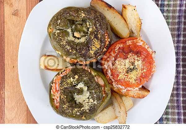 Stuffed bell pepper and tomato - csp25832772