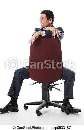 Voller Schuss auf einen Stuhl - csp0533187