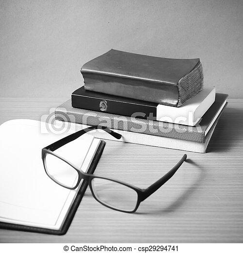 Style Tonalite Couleur Cahier Livre Noir Blanc Ouvert Pile