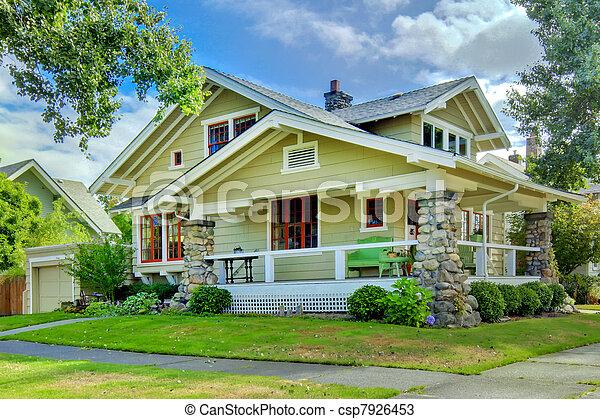 style vieux porch vert artisan maison couvert style vieux porche vert artisan. Black Bedroom Furniture Sets. Home Design Ideas