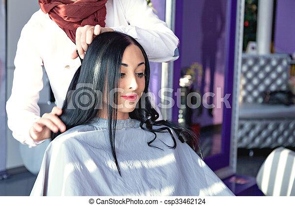 Fille noire long cheveux