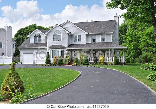 Suburban Home Driveway - csp11287019