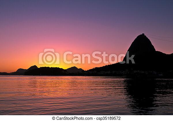 Sugarloaf Mountain Sunrise - csp35189572