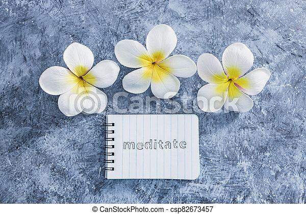 suivant, exotique, concept, bloc-notes, mental, béton, santé, fleurs, gris, méditer, texte, surface - csp82673457
