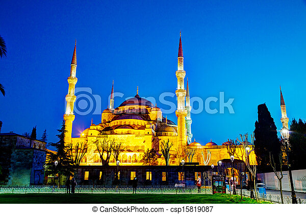 Sultan Ahmed Mosque (Blue Mosque) in Istanbul - csp15819087
