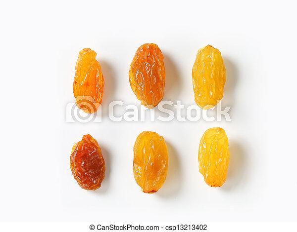 Sultana raisins - csp13213402