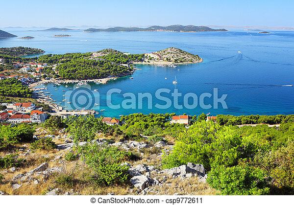 Summer croatian landscape - csp9772611