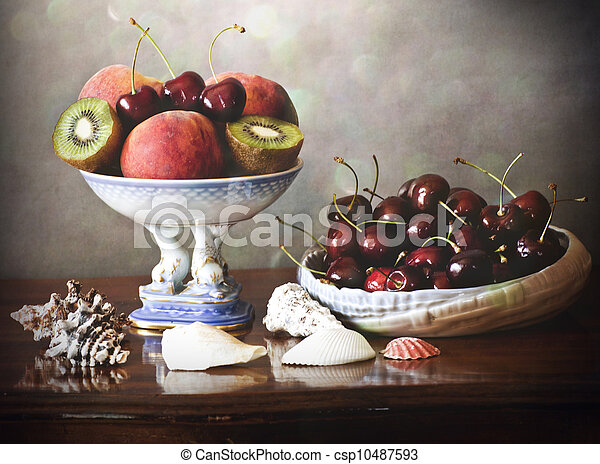 summer fruits tray, plate and shell - csp10487593