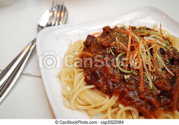 Sumptuous vegetarian spaghetti - csp3322084
