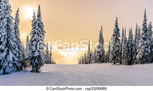 Sun breaking through the clouds - csp33299989