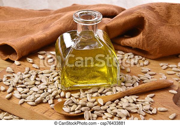 Sunflower seed oil - csp76433881