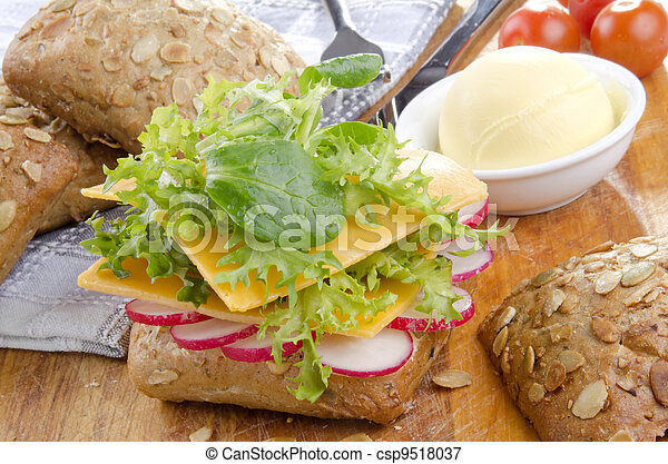 sunflower seed roll with cheese - csp9518037