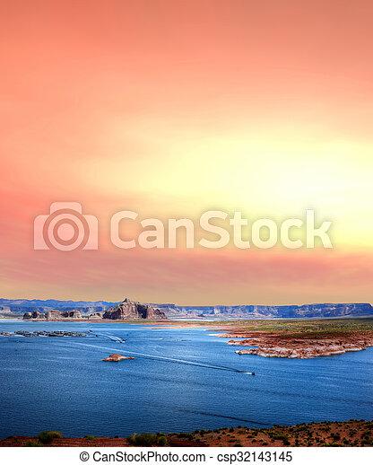 Sunrise Lake Powell Arizona - csp32143145