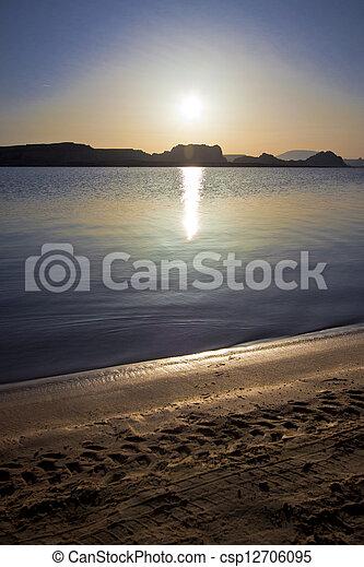 Sunrise Lake Powell - csp12706095