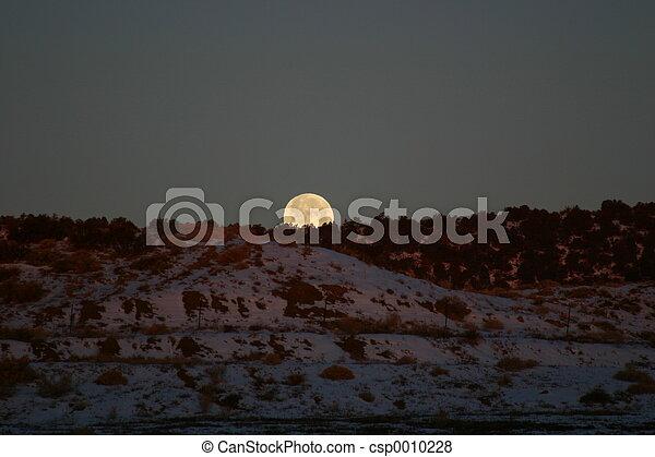 Sunrise - Moonset - csp0010228