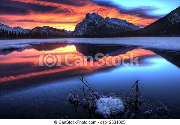 Sunset Mount Rundle - csp12531025