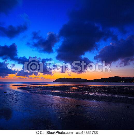 Sunset over the ocean - csp14381788