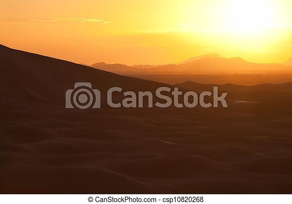Sunset with sand dunes at Erg Chebbi, Merzouga. - csp10820268