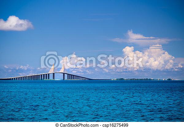 Sunshine Skyway Bridge - csp16275499