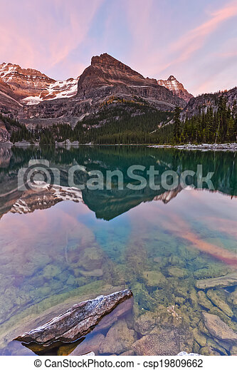 Sunst on the Mountains at Lake Ohara's Shore - csp19809662