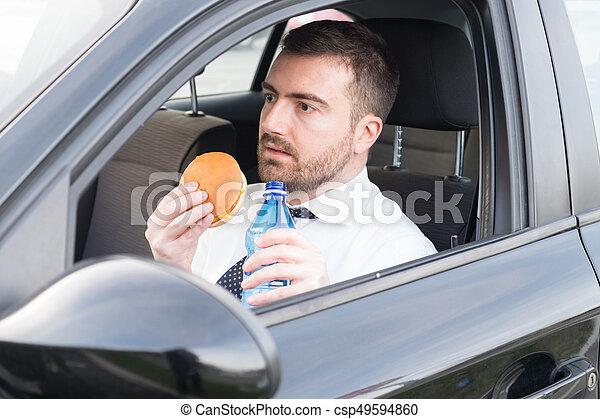 suo, automobile, seduto, pranzo, detenere, uomo - csp49594860