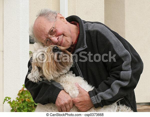 suo, vecchio cane, uomo - csp0373668