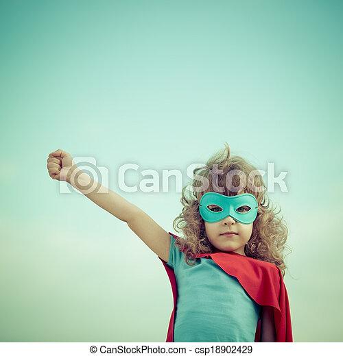 Chico superhéroe - csp18902429