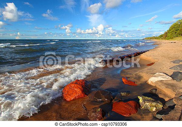 La playa superior del lago - csp10793306
