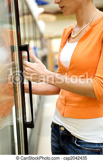 Supermarket Shopper - csp2042435