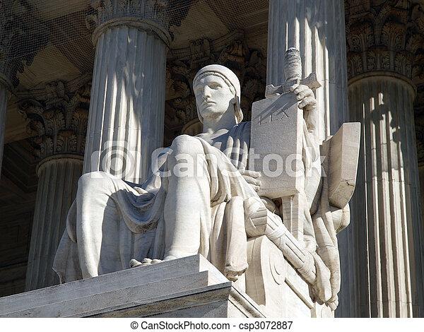 Supreme Court Statue - csp3072887